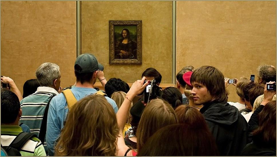Картину «Мона Лиза» сейчас будут выставлять только вЛувре