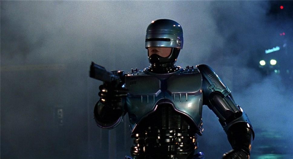 Нил Бломкамп стал кинорежиссером новейшей руководителя «Робокопа»