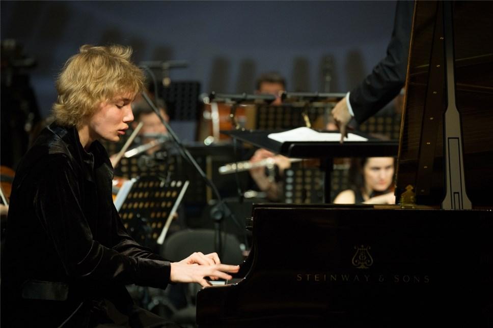 Музыкант Бессонов представит РФ намолодежном «Евровидении»