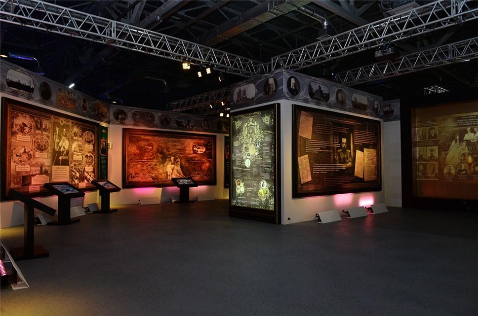 Выставку «Россия— Моя история. 1945-2016» вМанеже посетили 200 тысяч человек