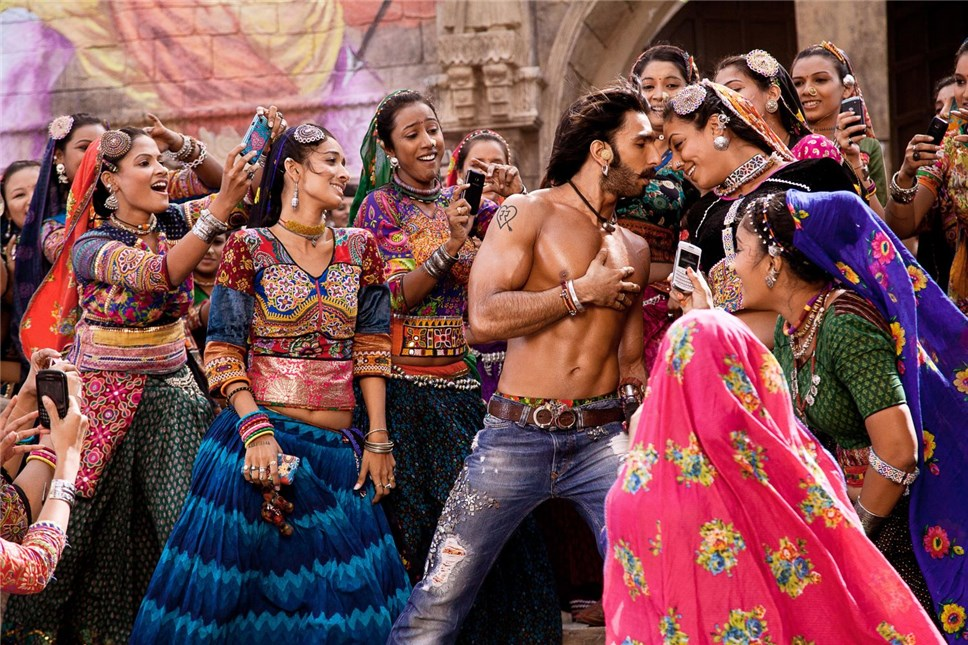 Пакистан с19декабря отменяет запрет напоказ болливудских фильмов