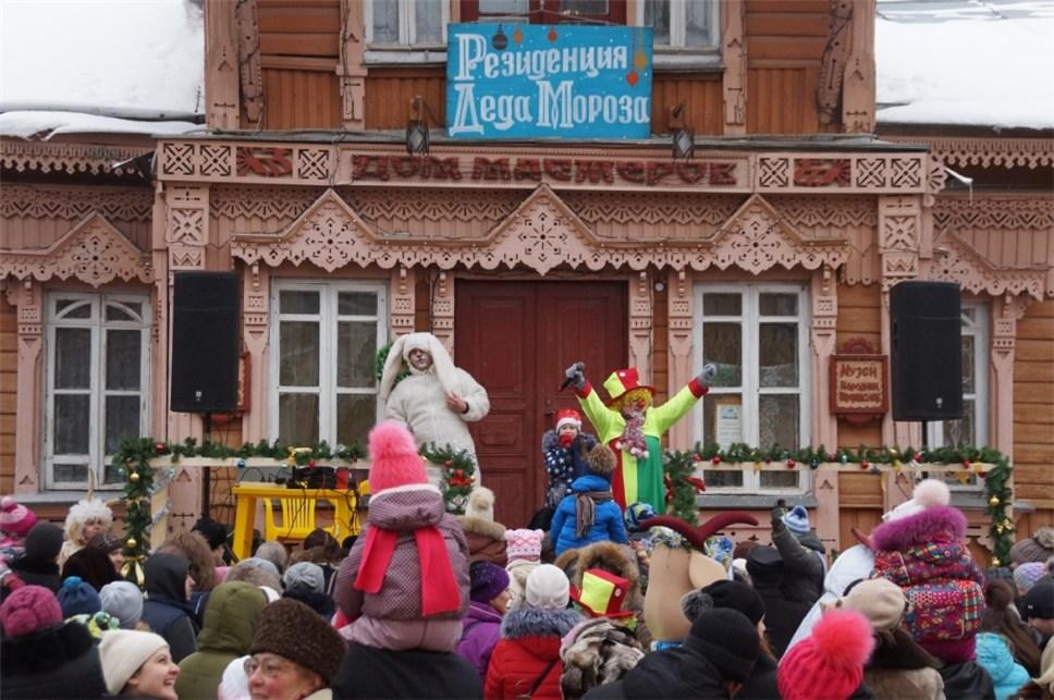 Резиденция Деда Мороза открывается встоличном ТРЦ «Титан»