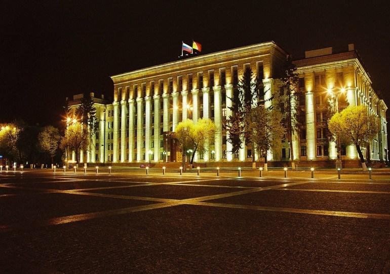 Кинотеатр под открытым небом открыли наплощади Ленина