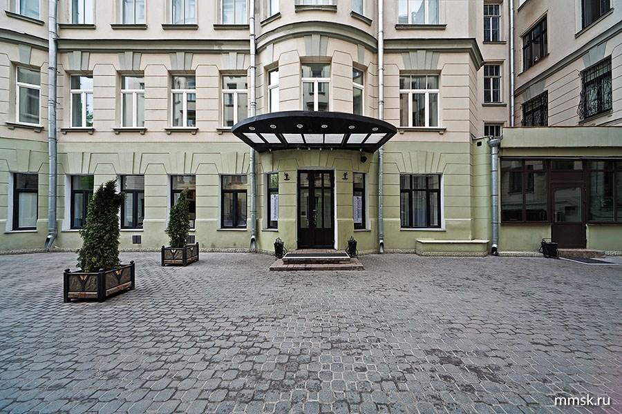 Московский театр под управлением Олега Табакова отмечает тридцатилетний юбилей