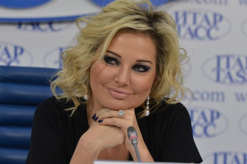 Ссайта Мариинки удалили информацию обэкс-депутате Максаковой, уехавшей вгосударство Украину