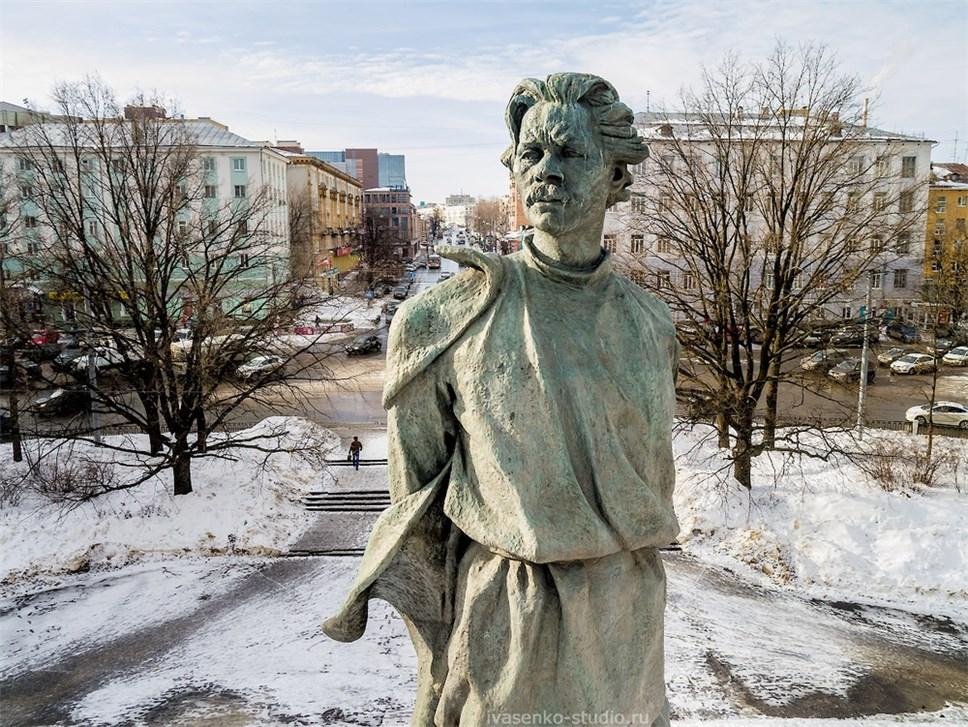 ВНижнем Новгороде восстановят монумент Горькому натерритории парка Кулибина