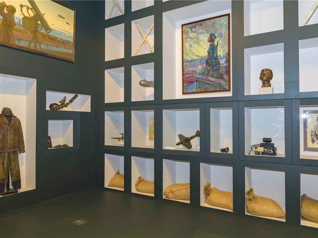 Выставка «Живая летопись войны» открылась вМузее Победы