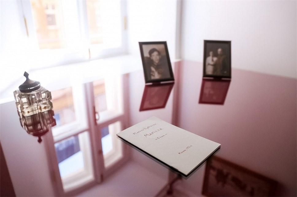 В столице открылась выставка к125-летию Цветаевой